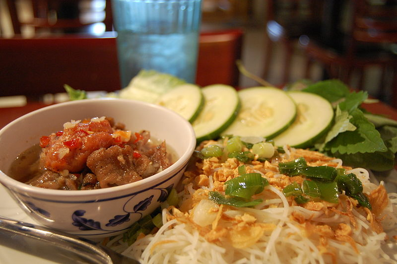 Top 10 Must-Try Foods in Vietnam